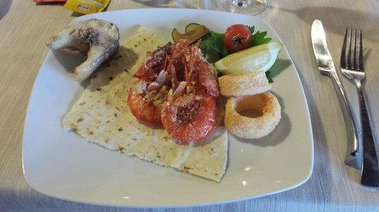 Cruccuris Resort: portata del menù cena