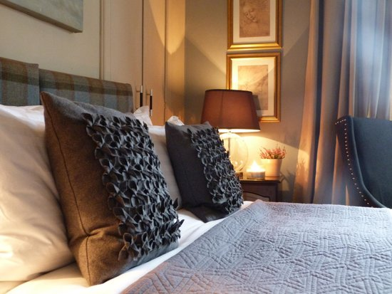 No.20 Boutique Bed and Breakfast: The Cormorant, King /Twin beds / 3 single beds or King and Single bed options