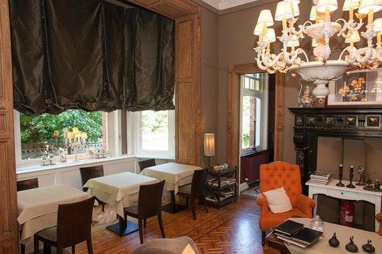 't Kasteel & Koetshuys : Frühstücks- und Lounge-Raum