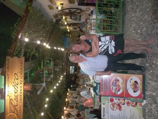 Rustico Taverna: Le chef