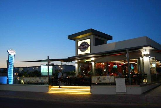 Robinson's Food & Bar