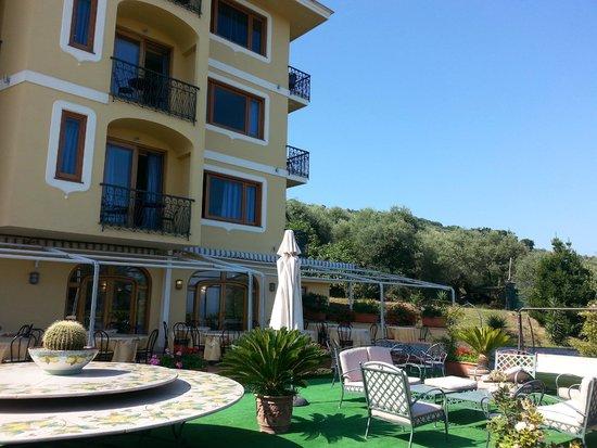 Hotel Johanna Park: Frente del Hotel