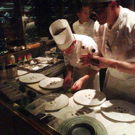 Park Hyatt Paris - Vendome: Chefs in action at Le Pur