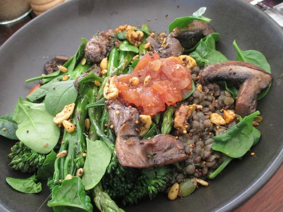 Moore & Moore Cafe: puy lentils