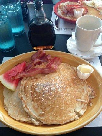 Sophie's Cosmic Cafe: Breakfast!