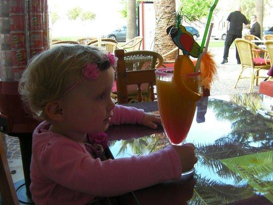 JJs Restaurant and Bar: Eva and her kids cocktail