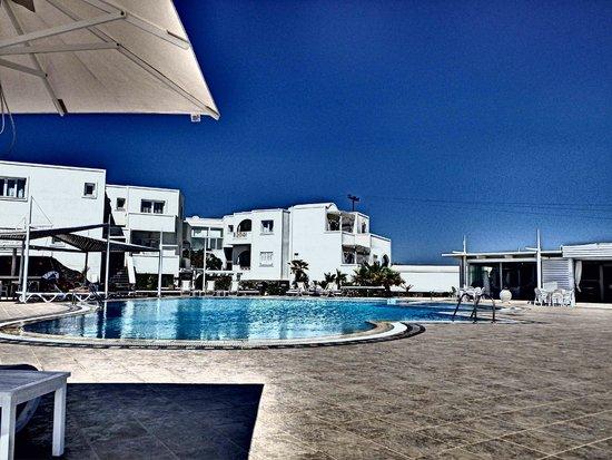 Orizontes Hotel & Villas : Pool area