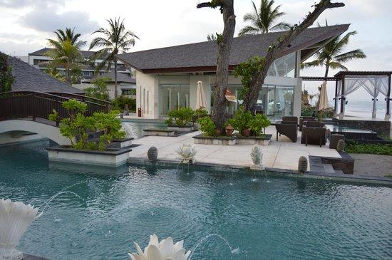 The Seminyak Beach Resort & Spa: Beautiful resort