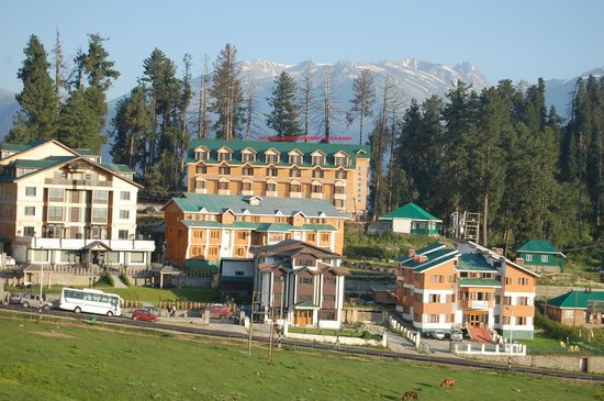 Photo of Hotel Zahgeer Continental Gulmarg