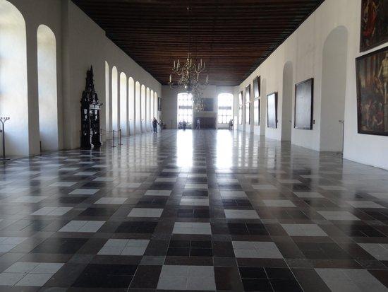 Château de Kronborg : När det byggdes var detta Europas största balsal