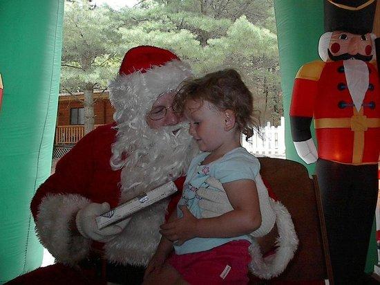 Yogi Bear's Jellystone Park Camp-Resort at Paradise Pines: a visit from Santa