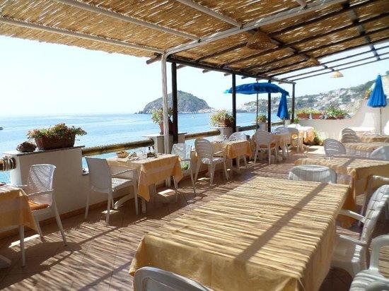 Hotel La Gondola: Sala ristorante all aperto