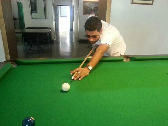 Laguna Anjuna: pool table
