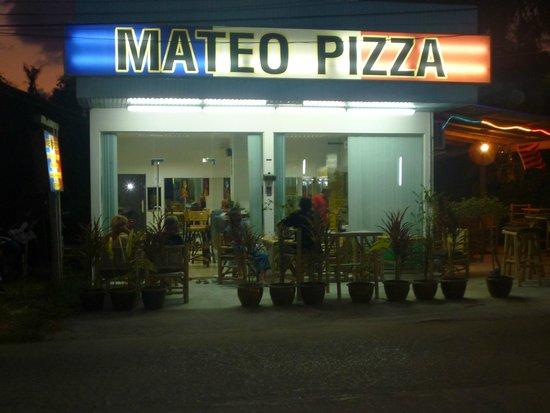 Mateo Pizza: debut de terrasse !