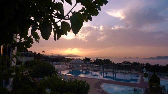 Kipriotis Panorama Hotel & Suites: Sonnenuntergang