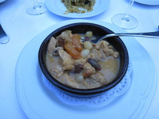 Asitane : Chicken stew with apricots and almonds- favorite!