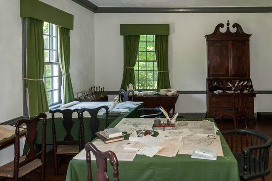 Ford Mansion and Museum: Washington & Senior Staff Officer (Hamilton) Work Area
