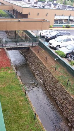 Ramada Roanoke: It has a moat