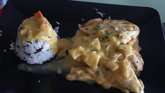 Taverna Othonas: Pollo al curry