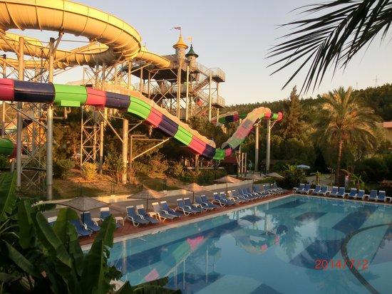 Aqua Fantasy Aquapark Hotel & SPA: View from Italian rest to water park