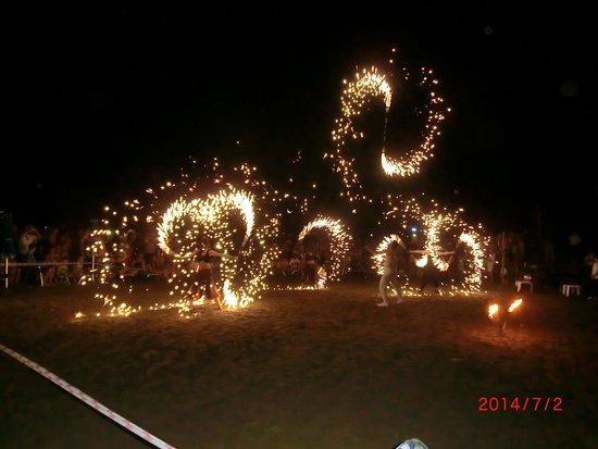 Aqua Fantasy Aquapark Hotel & SPA: Fire show every other week