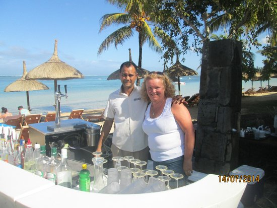 Heritage Awali Golf & Spa Resort : Beach bar