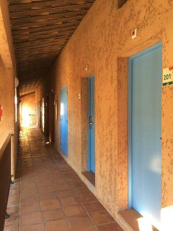 Ibis Hyeres Plage Thalassa: il ballatoio