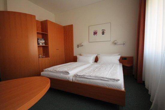 Best Western Hotel Am Borsigturm: Zimmer