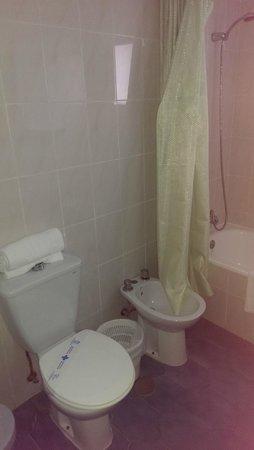 Arcos de Montemar: Toilet