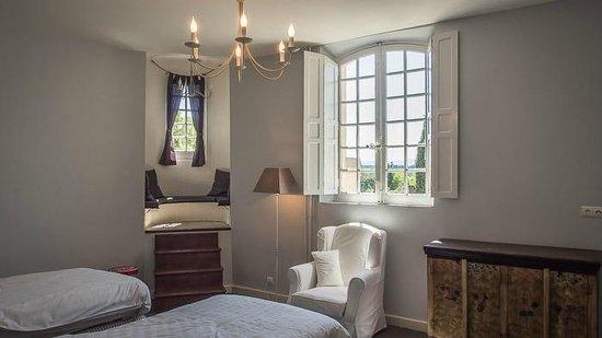 Chateau Eydoux : Dit is onze familiekamer de Général. Deze kamer heeft 2 slaapkamers