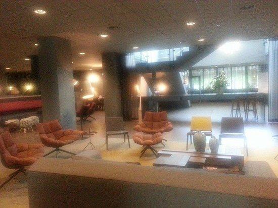 Mercure Hotel Amsterdam City: hotel lobby