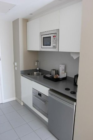 Residence Inn by Marriott Edinburgh: Kitchen