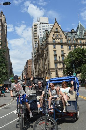 Central Park Pedicab Tours : With our guide Victor