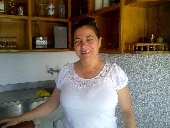 Villa Konak Hotel Kusadasi: Bilgen, Helpful and cheerful