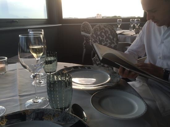 Hotel Eden - Dorchester Collection: diner au restaurant avec une vue superbe