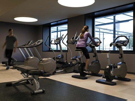 Pullman Basel Europe Hotel : Fitness room
