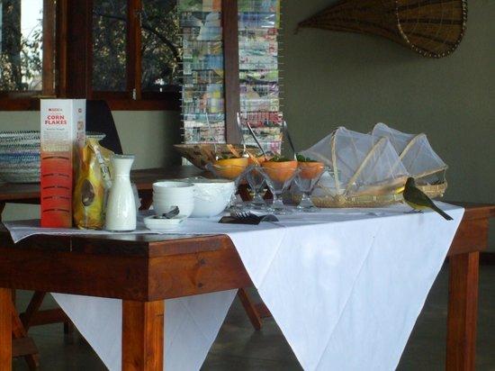 RiverDance Lodge : Breakfast