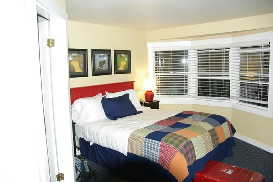 Glen Cove Inn & Suites: Room #1