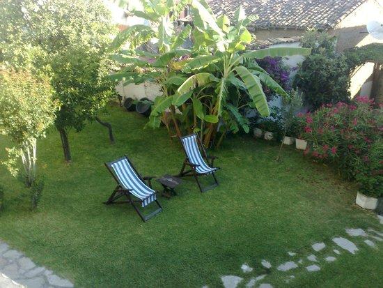 Villa Konak Hotel Kusadasi: Quiet Resting Area