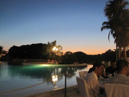 Blu Hotel Kaos: Cena a bordo piscina