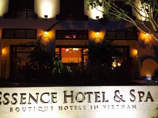 Essence Hoi An Hotel & SPA: front
