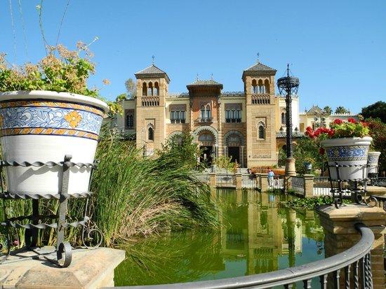 Parc de María Luisa : Priesterseminar Park der Maria Luisa