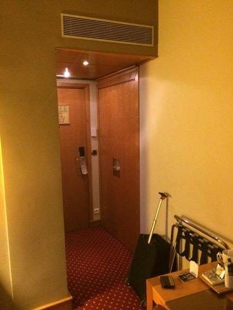Hotel Royal Saint Michel: puerta de entrada