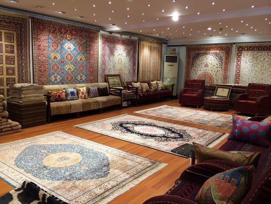 Ahtamara Carpets
