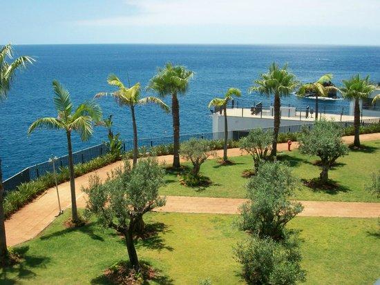 VidaMar Resort Hotel Madeira: vue de la Chambre 344