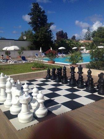 Hotel Kalura: Piscina