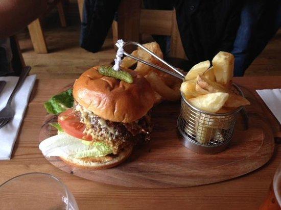 The Gladstone Arms: The Amazeballs pulled pork burger