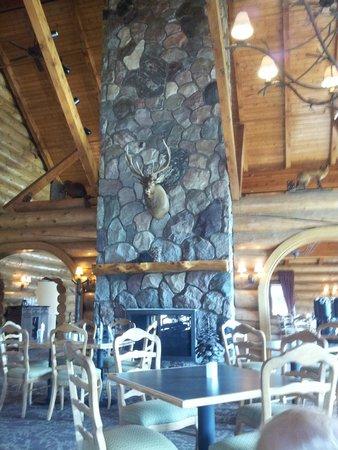 Garland Lodge & Resort: Dining room