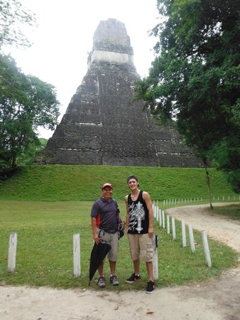 Pacz Tours: My son & Hugo 'Juice' at the back side of Temple I