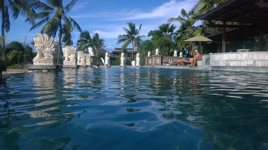 Bali Mandira Beach Resort & Spa: adult only pool